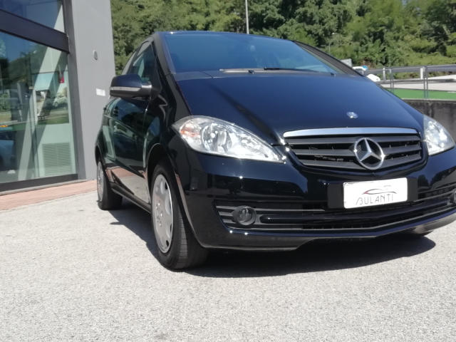 Mercedes-Benz A 160 CDI AUTOMATIC Executive